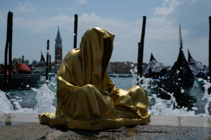 art-biennial-biennale-venice-arts-fine-art-contemporary-show-gallery-museum-sculpture-statue-design-exhibition-artfair-guardians-of-time-manfred-kielnhofer-masterart-4849